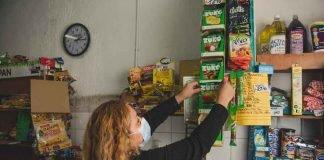 Consumidores prefieren almacenes de barrio para comprar carnes, empanadas, helados y cerveza