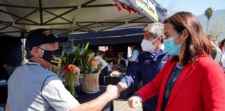 Con cocina en vivo y cuecas, INDAP inauguró nuevo mercado campesino en Santa María de Manquehue